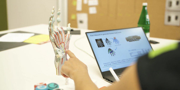 Thumbnail Video: Griffige Produkte digital entwickeln