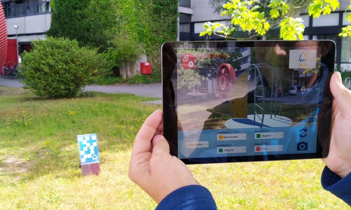 Tablet mit Augmented Reality Einblendung